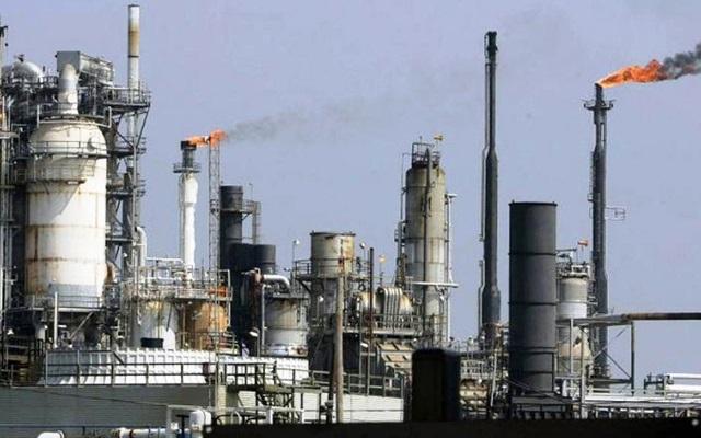 """Expectativas """"ultra alcistas"""" del precio del petróleo después de que el Brent repuntara más de 200%"""