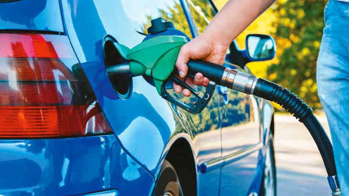 ¿Quiénes pueden comprar más gasolina con un salario promedio en América?